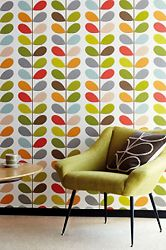 Orla Kiely hand paint the soffit Wall Patterns, Textile Patterns, Textiles, Retro Tapet, Hand Painted Walls, Colorful Interiors, Valance Curtains, Interior Design, Wallpaper