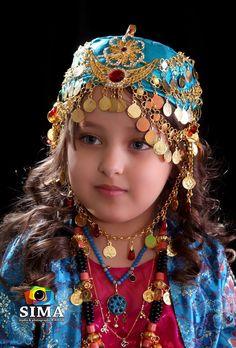 Kurdish little girl