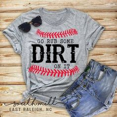 Sports Mom Shirts, Softball Shirts, Dad To Be Shirts, Cool T Shirts, Softball Cheers, Softball Crafts, Softball Bows, Softball Pitching, Fastpitch Softball