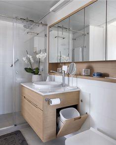 House Bathroom, Home Interior Design, Bathroom Design Luxury, Small Bathroom Makeover, Home Room Design, Bathroom Interior Design, Bathroom Decor, Bathroom Design Decor, Bathroom Layout