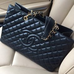 Chanel. I didn't see this in the store when in italy. else, i might have succumbed :P