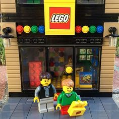 My favorite place to shop on Black Friday (or any day) #lego #legocity @lego