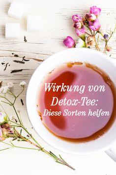 Nicht nur Wasser und Detox-Drinks unterstützen den Reinigungsprozess des Körpers während einer Entschlackungskur. Auch Detox-Tee ist ein bewährtes und gesundes Hilfsmittel. Welche das sind, verraten wir hier