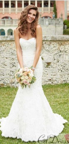 mermaid wedding dress. gorgeous!