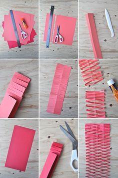 Guirlandas de papel. Em: http://ohhappyday.com/2014/02/paper-net-garland/