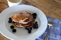 A Bountiful Kitchen: Blueberry Light Wheat Pancakes with Maple Butter #ABKblendtecgiveaway