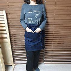 앞치마. 패턴과 디자인 누구나 할수있어요.도전 : 네이버 블로그 Apron, Sewing Projects, Long Sleeve, Sleeves, Pattern, Mens Tops, T Shirt, Fashion, Dressmaking