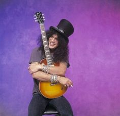 Slash and Les Paul Guns N Roses, Saul Hudson, Les Paul Custom, Band Pictures, Hello Sweetie, Axl Rose, Queen Hair, The Duff, Guys And Girls