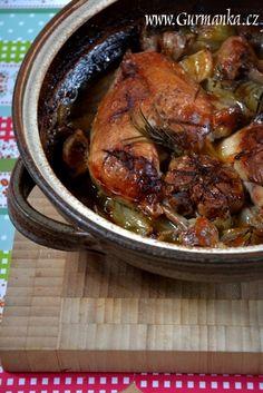 Kuře ve středomořském stylu Poultry, Pork, Turkey, Chicken, Meat, Kale Stir Fry, Backyard Chickens, Turkey Country, Pigs
