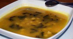 Sopa de espinafres e grão de bico - http://www.receitasparatodososgostos.net/2016/09/17/sopa-de-espinafres-e-grao-de-bico/