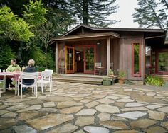Exterior Rustic Lake House Design, Pictures, Remodel, Decor and Ideas - page 18
