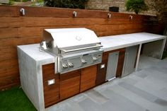 Ways To Choose New Cooking Area Countertops When Kitchen Renovation – Outdoor Kitchen Designs Simple Outdoor Kitchen, Rustic Outdoor Kitchens, Outdoor Kitchen Grill, Outdoor Kitchen Countertops, Outdoor Kitchen Design, Concrete Countertops, Laminate Countertops, Rooftop Design, Built In Bbq