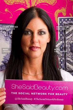 Samantha wears MAC powder, NARS lipstick, Laura Mercier eyeshadow, Maxfactor Mascara and ARTISTRY lipgloss.