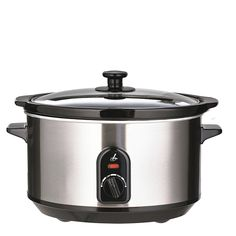Lakeland Slow Cooker with simple operation, three heat settings, glass lid & dishwasher safe ceramic pot. Designed to promote even cooking. Slow Cooker Reviews, New Home Essentials, Rice Cooker, Bakeware, Crockpot, Kitchen Appliances, Recipes, Food, Slow Cooking