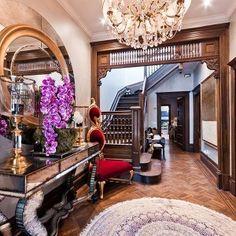 ** Classy Dark Wooden  Victorian Foyer Interior