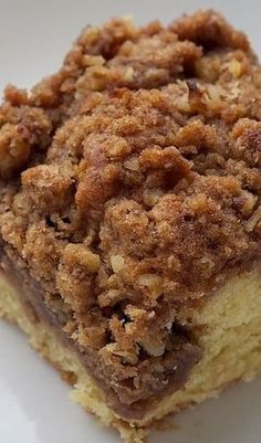 Cinnamon Cream Cheese Coffee Cake - Bake or Break swirl the filling. double cream cheese and crumbles. Yummy Treats, Sweet Treats, Yummy Food, Just Desserts, Dessert Recipes, Quick Dessert, Party Desserts, Healthy Desserts, Salad Recipes