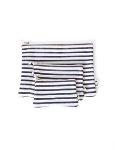 stripes and little pouches, the simple things that make me happy...