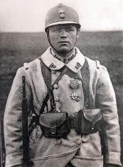 """WW1. French soldier, Le """"Poilu"""", figure héroïque de la guerre pour les Français - La Libre.be"""