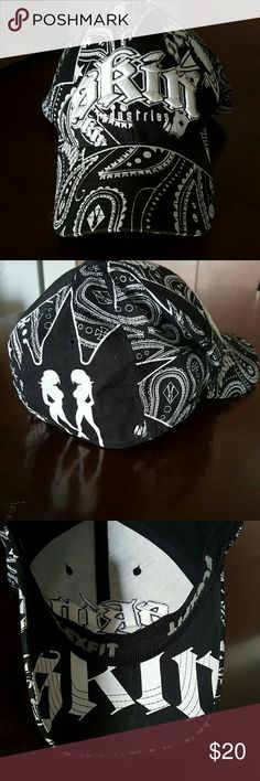 🔥NEW ITEM🔥Skin Industries Flex Fit Hat Black and White Skin Industries Flex Fit Hat. Size s/m. Has the women silhouettes and a white pasily print like a bandana. In perfect condition. Skin Industries  Accessories Hats