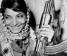 Leila Khaled remains active today in the leadership of the Palestinian revolution, as she is one of the central committee members of the Popular Front for the Liberation of Palestine (PFLP) as well as a representative of the Palestinian National Council Frente Popular, Palestine Art, Palestine History, Estilo Real, Freedom Fighters, Photojournalism, Revolutionaries, Ladies Day, Photos