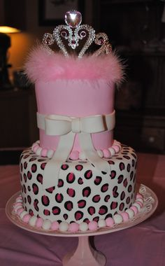 Here is the cake I made for my daughters 13th birthday!