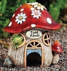 Roman Pack of 2 Whimsical Toad Abode Mushroom House Garden Statues Frog House, House Bugs, Toad House, Gnome House, Clay Fairy House, Fairy Garden Houses, Gnome Garden, Outdoor Garden Statues, Outdoor Gardens