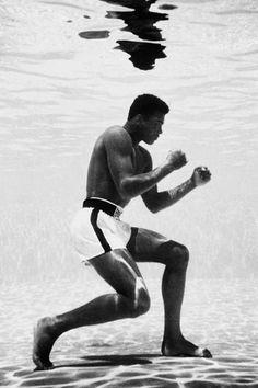 Round: 2 - Muhammed Ali