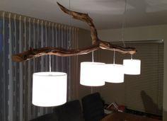 Plafonlamp nr 1 met 4 lichten, stam van oud verweerd Eiken zie info op webshop etsy. nl shop gbhnatureart.