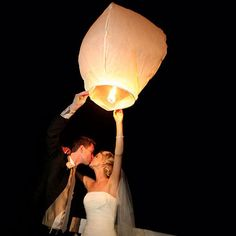 Wish Lantern: America's leading supplier of Wish Lanterns & Sky Lanterns, and some other mystical party products guaranteed to add an special atmosphere to your party. Wish Lanterns, Floating Lanterns, Sky Lanterns, Wedding Lanterns, Paper Lanterns, Candle Lanterns, Chinese Lanterns Wedding, Wedding Chinese, Wedding Decorations