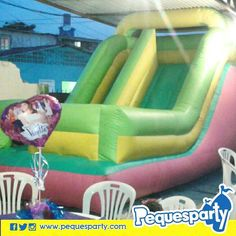 Y una divertida sorpresa para el cumpleañero.  Fiestas PequesParty La Fábrica de Sonrisas  #Maracaibo #Venezuela #mcbo #vzla #inflables #diversion #sonrisas #entretenimiento #fiestas #cool #happy #love #party #cumple
