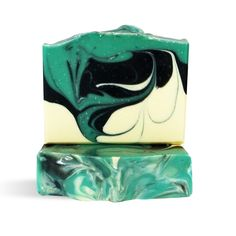 Eucalyptus Wave Cold Process Soap: Two of our favorite things to do when we create a new soap are using essential oils and swirling soap! This month, we decided to use our go to coconut, palm, olive & shea soap base and swirl it! Eucalyptus and litsea cubeba essential oils give this bar a nice and fresh scent that will make you want to come back for more!