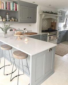 Breakfast Bar Kitchen Diner Ideas For 2019 Open Plan Kitchen Living Room, Kitchen Dining Living, Kitchen Family Rooms, Home Decor Kitchen, Interior Design Kitchen, Country Kitchen, Home Kitchens, Kitchen Grey, Island Kitchen