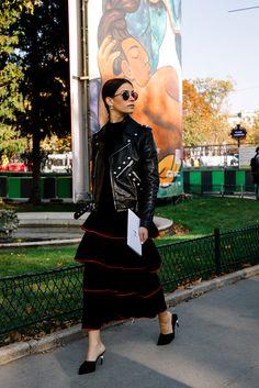 Street Style Paris Fashion Week Primavera Verano 2017 | Galería de fotos 18 de 250 | VOGUE