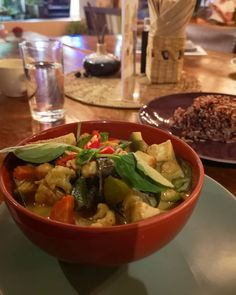 Koh Samui has lots of great thai food options and @wildtribecafe is definitely one of the best ones.  Wild Tribe focuses on healthy food and they have lots of different smoothie bowls and thai foods on their menu. And lots of vegan options too! This one is their Green Curry.  #Veganfood #thaifood #veganthaifood #veganthailand #kohsamui #vegankohsamui #vegangreencurry