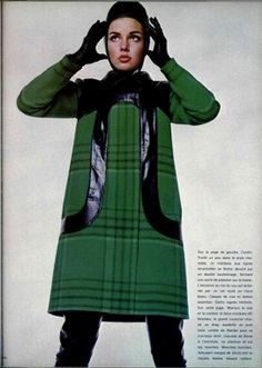 New Fashion Vintage Style Pierre Cardin Ideas 1960s Mod Fashion, Sixties Fashion, 60 Fashion, Fashion Images, Green Fashion, Fashion History, Fashion Photo, Retro Fashion, Vintage Fashion