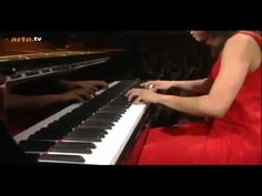 Yuja Wang plays the Flight of the Bumble-Bee. (Georges Cziffra arrangement of Rimsky-Korsakov)