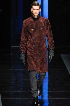 Salvatore Ferragamo Fall 2012 Menswear Fashion Show Latest Mens Fashion, Fashion News, Fashion Show, Men's Fashion, The Man Show, Mens Trends, Boys Wear, Salvatore Ferragamo, Celebrity Style