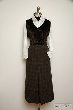 Holiday 2012 Look No. 19 | Vintage Inspired Women's Clothing - Ivey Abitz