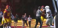 USC Lineman Chuma Edoga Gets Ejected After Getting Physical With Ref - http://viralfeels.com/usc-lineman-chuma-edoga-gets-ejected-after-getting-physical-with-ref/