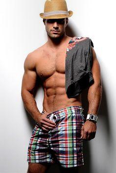 Summer shorts on Marco Dapper