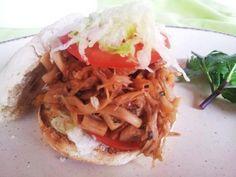 Fruitjackgyrosc Fruit, Pulled Pork, Vegan Vegetarian, Vegan Recipes, Tacos, Cooking, Ethnic Recipes, Food, Inspiration