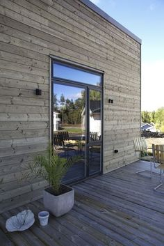 Jacobson/Jansson, Rönninge - Intressanta Hus House By The Sea, My House, Exterior Cladding, House Doors, Architect Design, Residential Architecture, Modern Rustic, Exterior Design, Future House