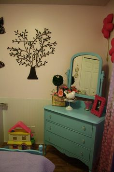 House of Turquoise: A TON of Readers' Rooms and Projects!