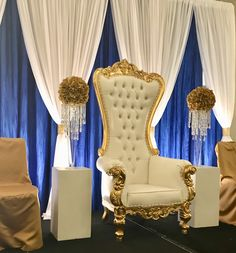 Royal blue and gold flowers and decor by HYR Designs for the 2018 Sigma Gamma Rho Debutante Ball Blue Party Decorations, Sweet 16 Decorations, Gold Wedding Decorations, Blue Party Themes, Wedding Centerpieces, Royal Wedding Themes, Royal Theme, Royal Blue Weddings, Royal Party