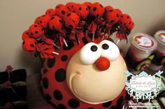JOANINHA - FESTA PERSONALIZADA - ANIVERSÁRIO DE 1 ANO MENINA Ladybug Crafts, Ladybug Party, Bug Candy, Twins 1st Birthdays, Class Decoration, Fiesta Party, 2nd Birthday Parties, Party Themes, Balloons