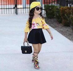 Pequeñas Niñas Fashionistas que se Visten Mejor que los Adultos - Jessica Figueroa Cute Little Girls Outfits, Dresses Kids Girl, Kids Outfits Girls, Toddler Outfits, Baby Outfits, Cute Kids Fashion, Little Girl Fashion, Toddler Fashion, Stylish Kids