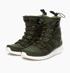 Nike Wmns Rosherun Hi Sneakerboot 615968-301 at Six Feet Down Caliroots - The Californian Twist of Lifestyle and Culture
