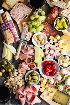 Healthy Recipes : Illustration Description A perfect way to relax and still feel you ate like a king! Make an ultimate charcuterie platter and watch it disappear in a hot second along with some easy-to-drink Bota Box RedVolution red wine. Healthy Appetizers, Appetizers For Party, Appetizer Recipes, Healthy Snacks, Snack Recipes, Dinner Recipes, Party Platters, Cheese Platters, Food Platters