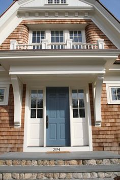 Traditional Exterior turqoise blue front door Design Ideas, Pictures, Remodel and Decor