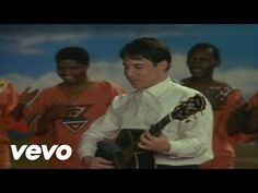 Paul Simon's official audio for 'Diamonds On The Soles Of Her Shoes'. Click to listen to Paul Simon on Spotify: http://smarturl.it/PaulSimonSpotify?IQid=Paul...